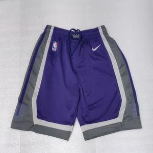 NBA Nike boy shorts size M